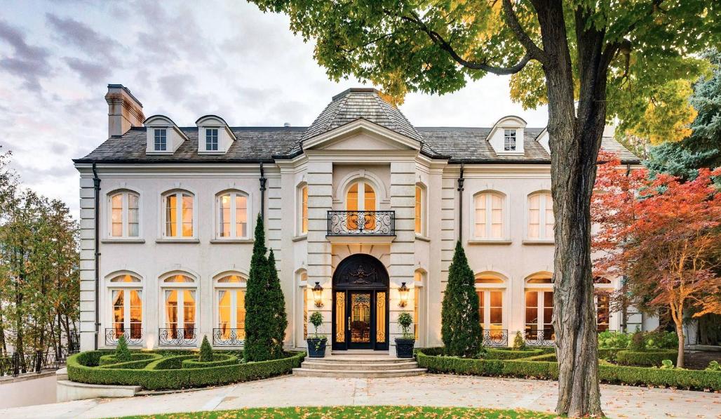 Mẫu biệt thự kiểu Pháp hiện nay được xây dựng phổ biến