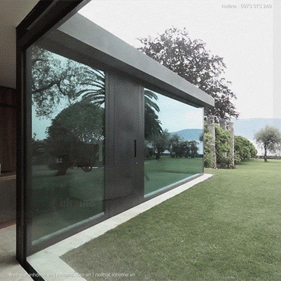 Biệt thự thiết kế với tường kính trượt dọc độc đáo