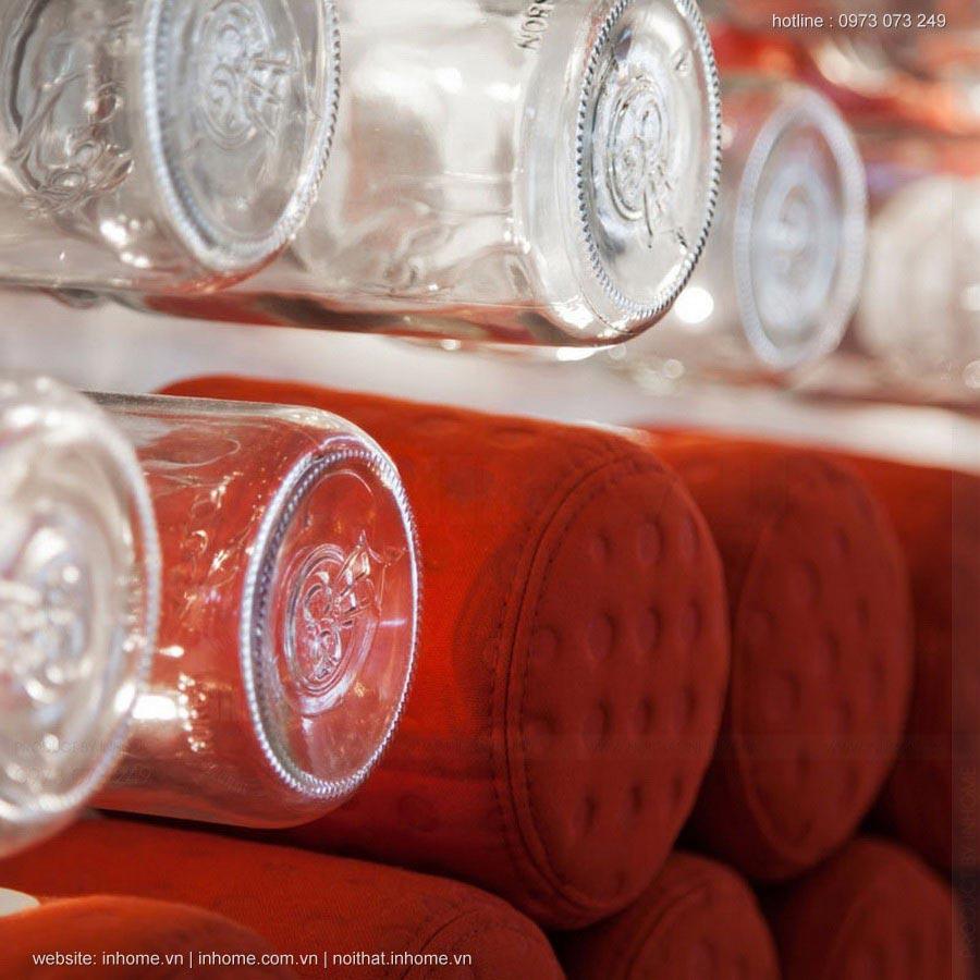 Quầy bar đẹp có 1 không 2 với hơn 4000 lọ thủy tinh