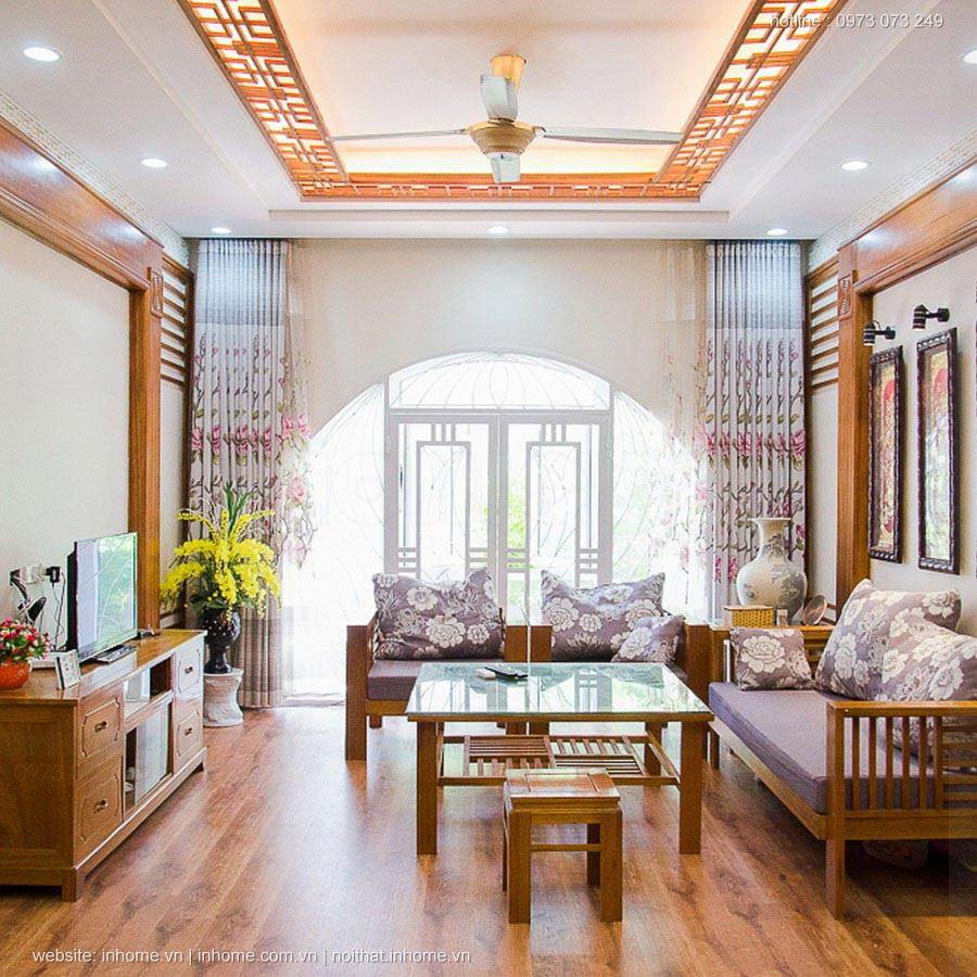 Nhà dùng phần lớn chất liệu gỗ với màu sắc mộc tự nhiên
