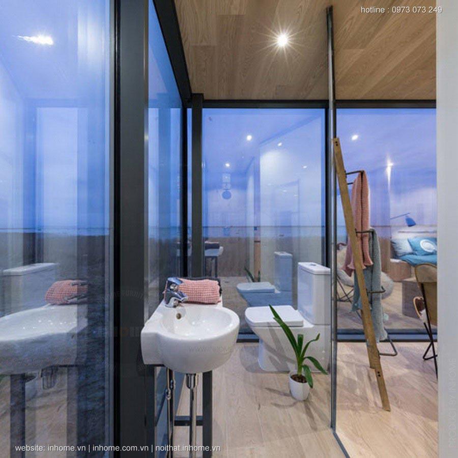 Căn nhà với 3 mặt là kính hòa hợp với thiên nhiên